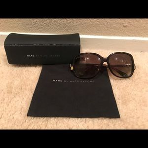 Used Marc Jacobs Oversized Brown Sunglasses